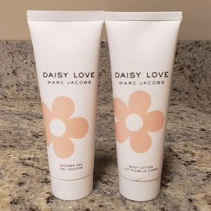 NWT Marc Jacobs Daisy Love lotion and body gel